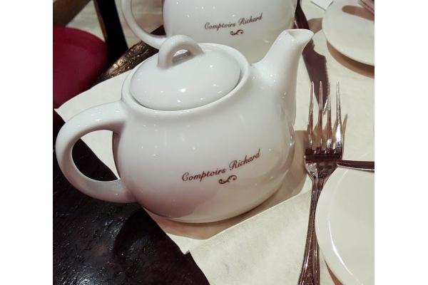 Čajová konvička Cafes...