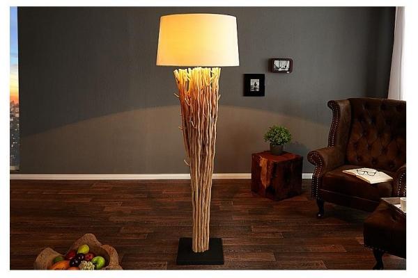 Stojací lampa v přírodním dřevě Euforie 175cm