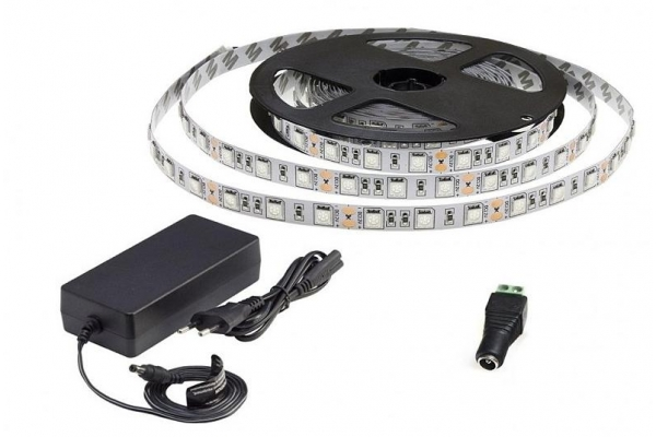 BERGE LED pásek - SMD 5050 - 5m - 60LED/m - 14,4W/m - 1500Lm - IP20 - červená+modrá - zdroj SADA