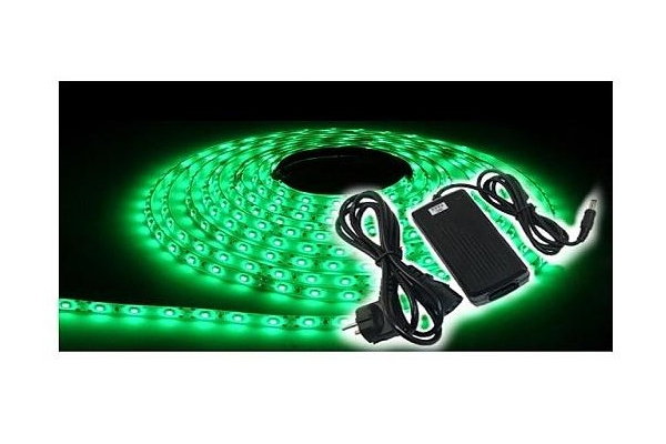 BERGE LED pásek KOMPLET - SMD 3528 - 5m - 300/5m - 4,8W/m - zelený +konetkor a zdroj