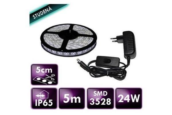 BERGE LED pásek SMD 3528 5m IP65 24W studená bílá komplet + zdroj s vypínačem