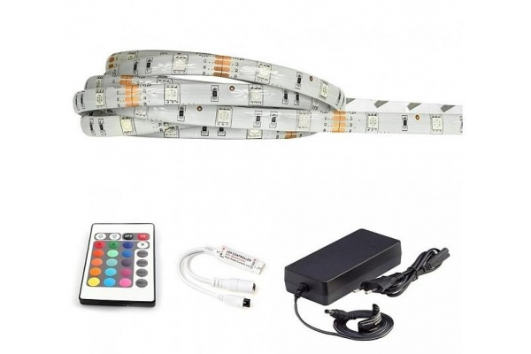 BERGE LED pásek - RGB 5050 - 5m - 30LED/m - 7,2W/m - IP65 - komplet