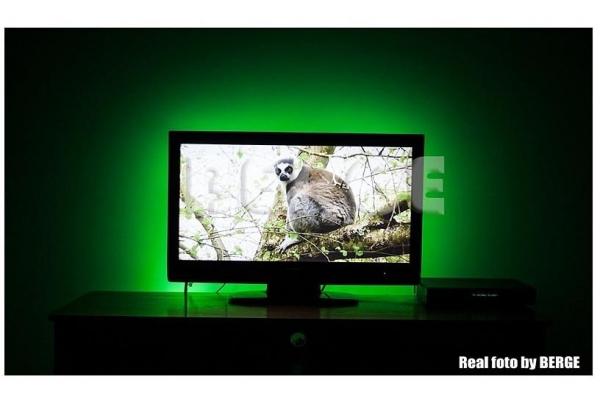 BERGE LED pásek - SMD 5050 - 2,5m - 30LED/m - 20W - komplet za TV