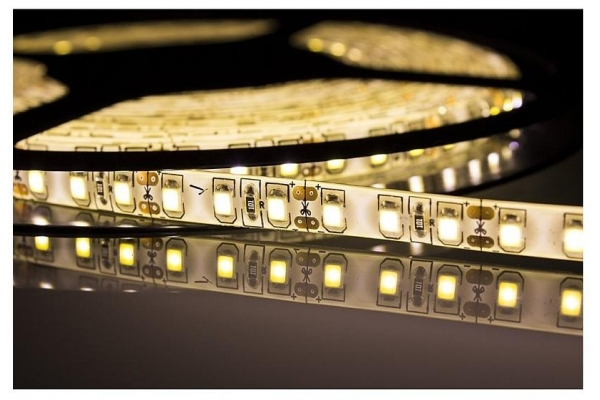 BERGE LED pásek - SMD 2835 - 5m - 60LED/m - 10W/m - IP20 - teplá bílá