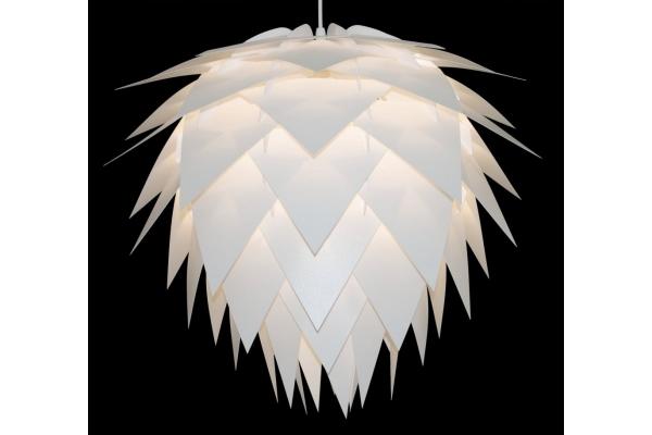 Lampa Estela trojúhelníková